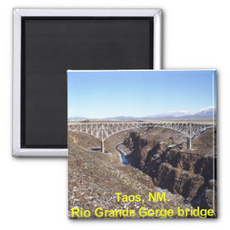 Puente Taos, New México de la garganta del Rio Gra Iman De Frigorífico