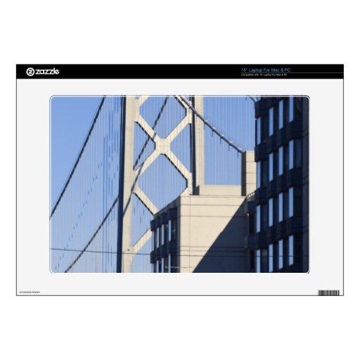 Puente y edificios, San Francisco de la bahía Skins Para 38,1cm Portátil
