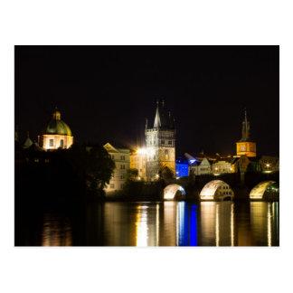 Puente y río Moldava de Charles Postales