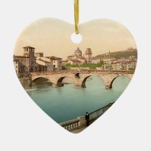 Puente y San de piedra Jorge, Verona, Italia Adorno De Cerámica En Forma De Corazón