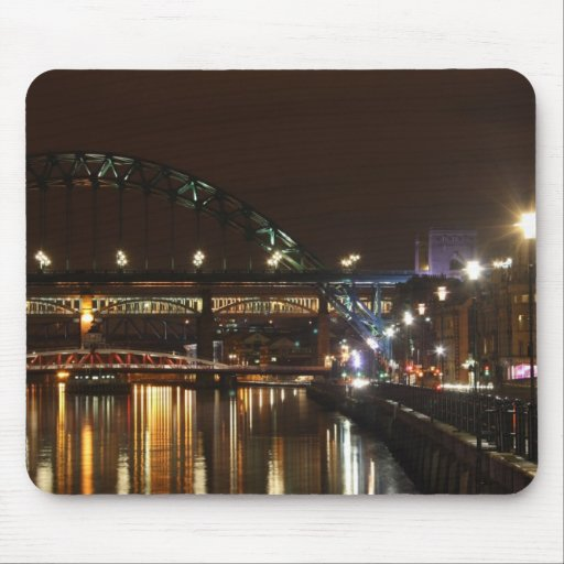Puentes sobre cojín de ratón del río Tyne, Inglate Tapete De Ratón