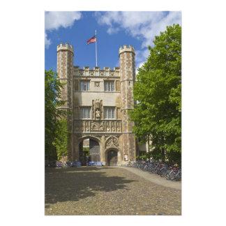 Puerta a la universidad de la trinidad y a las fil impresión fotográfica