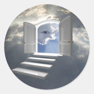 Puerta abierta en un ojo místico pegatina redonda