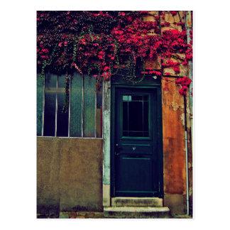 Puerta azul tarjeta postal