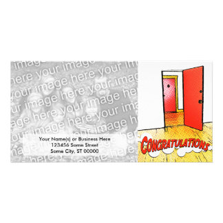 puerta cómica de la enhorabuena tarjeta fotografica