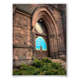 Puerta de entrada en la iglesia de la trinidad en fotografías