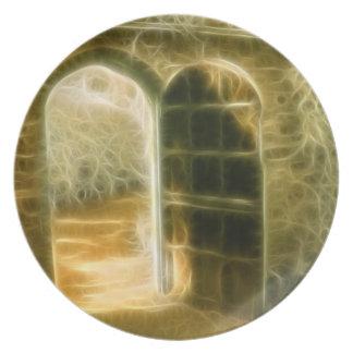 Puerta de hadas infrarroja del jardín plato de cena