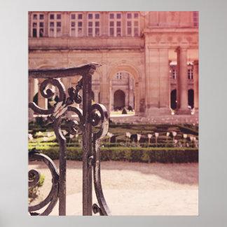 Puerta de jardín de victoria póster
