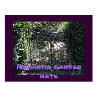 Puerta de jardín romántica tarjeta postal
