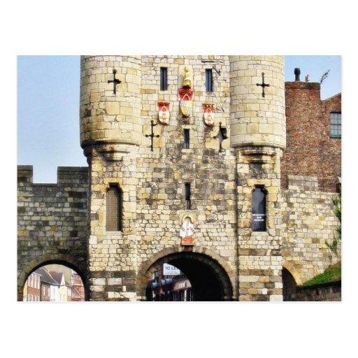 Puerta de la ciudad en York en North Yorkshire Postal
