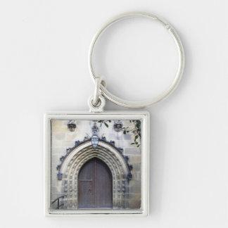 Puerta de la iglesia llavero cuadrado plateado
