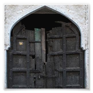 Puerta de madera carbonizada foto