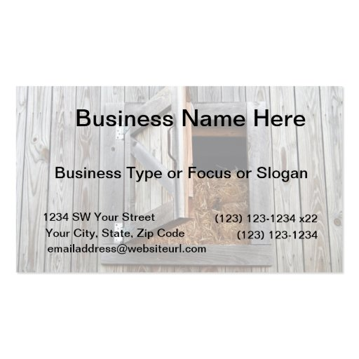 Puerta de madera del henil del edificio abierta plantilla de tarjeta de negocio