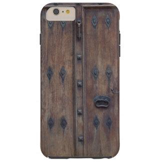 Puerta de madera española vieja con los pernos funda resistente iPhone 6 plus