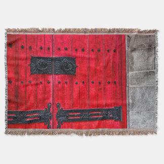 Puerta de madera rústica roja magnífica manta
