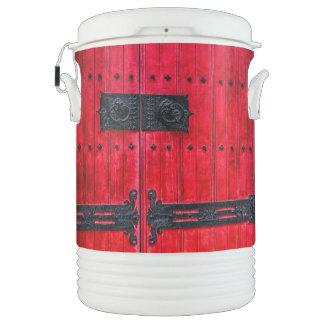 Puerta de madera rústica roja magnífica refrigerador de bebida igloo