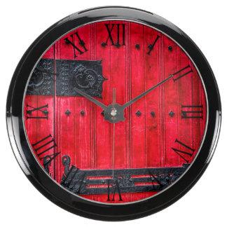 Puerta de madera rústica roja magnífica reloj aqua clock