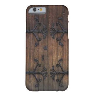 Puerta de madera vieja hermosa funda de iPhone 6 barely there