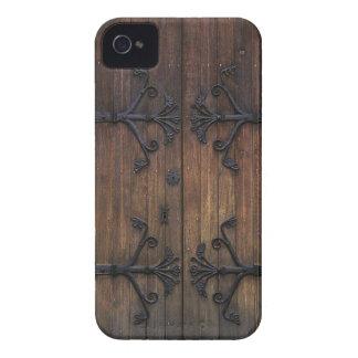 Puerta de madera vieja hermosa iPhone 4 protectores