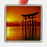 Puerta de O-Torii, capilla de Itsukushima, Adorno Navideño Cuadrado De Metal