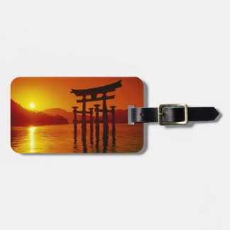 Puerta de O-Torii, capilla de Itsukushima, Miyajim Etiqueta De Maleta
