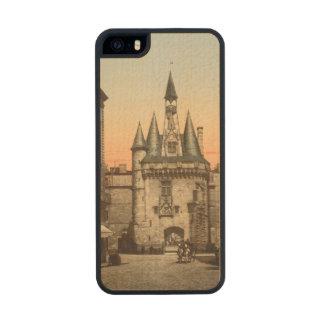 Puerta de Sevigne, Burdeos, Francia Funda De Arce Carved® Para iPhone 5