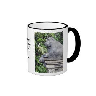 Puerta del bosque del mono taza