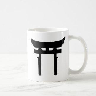 puerta del torii tazas