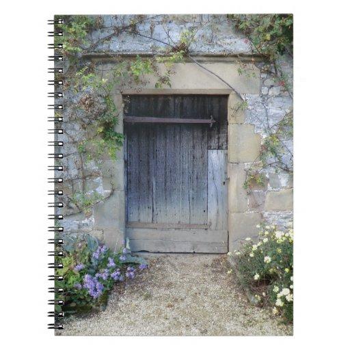 Puerta en Haddon Pasillo en Derbyshire Libreta
