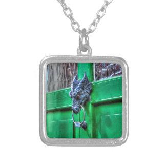 Puerta-golpeador de la cabeza del dragón del joyeria personalizada