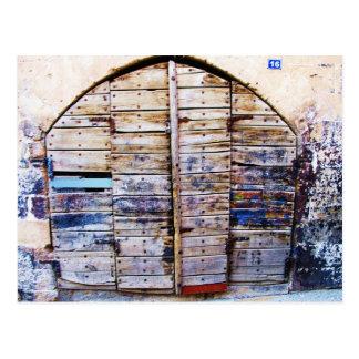 Puerta griega de madera del viejo vintage, Creta Postal