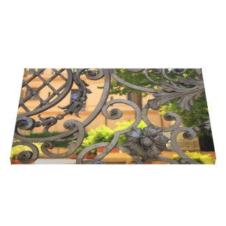 Puerta italiana del hierro impresión en lienzo