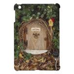 Puerta mística del gnomo del jardín iPad mini coberturas
