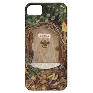 Puerta mística del jardín del gnomo iPhone 5 carcasas