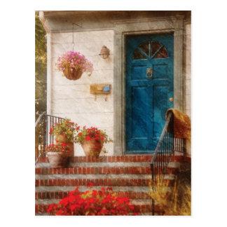 Puerta - puerta principal azul tarjeta postal