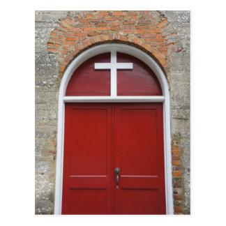 Puerta roja de la capilla tarjetas postales