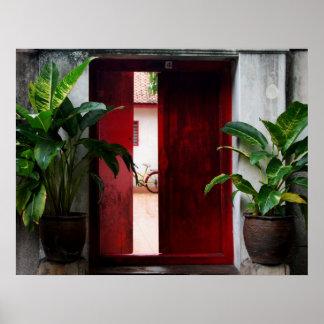 Puerta roja impresiones