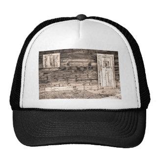 Puerta y ventana viejas rústicas de granero de Col Gorra