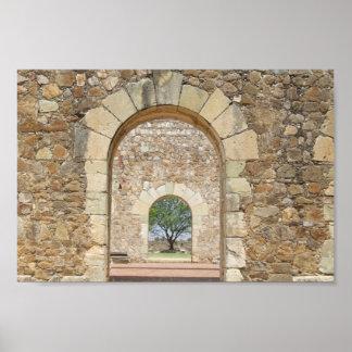 Puertas arqueadas en el fuerte viejo impresiones