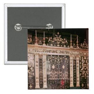 Puertas de la pantalla del santuario pin cuadrado