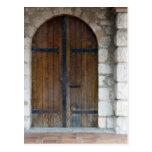 Puertas de madera postal