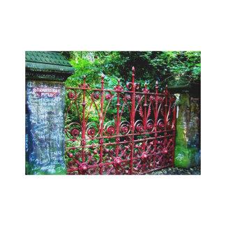 Puertas del campo de la fresa, Liverpool Reino Uni Impresión En Tela