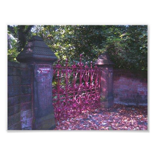 Puertas del campo de la fresa, Liverpool Reino Uni Fotografias