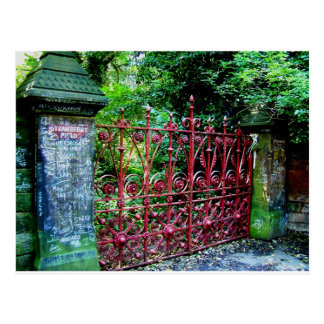 Puertas del campo de la fresa postales