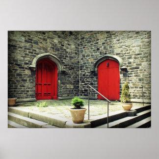 Puertas rojas póster