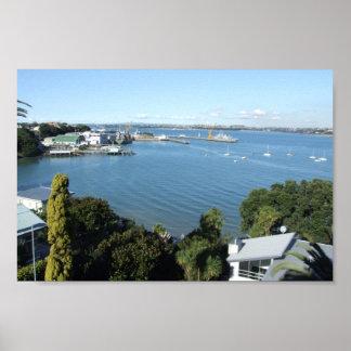 Puerto atractivo con el número de los barcos posters