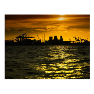 Puerto Buenos Aires en la puesta del sol, visión d Tarjeta Postal