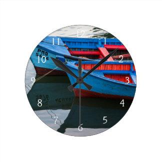 Puerto de Angelmo, barcos de pesca Reloj Redondo Mediano