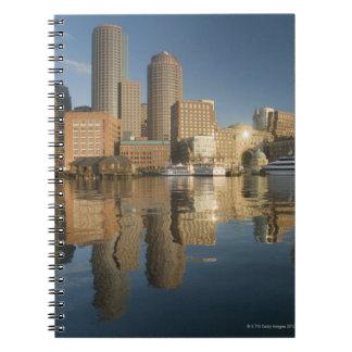 Puerto de Boston visto del pie Poi Spiral Notebook