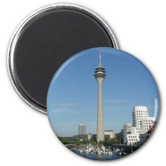 Puerto de médium Düsseldorf Imán Redondo 5 Cm
